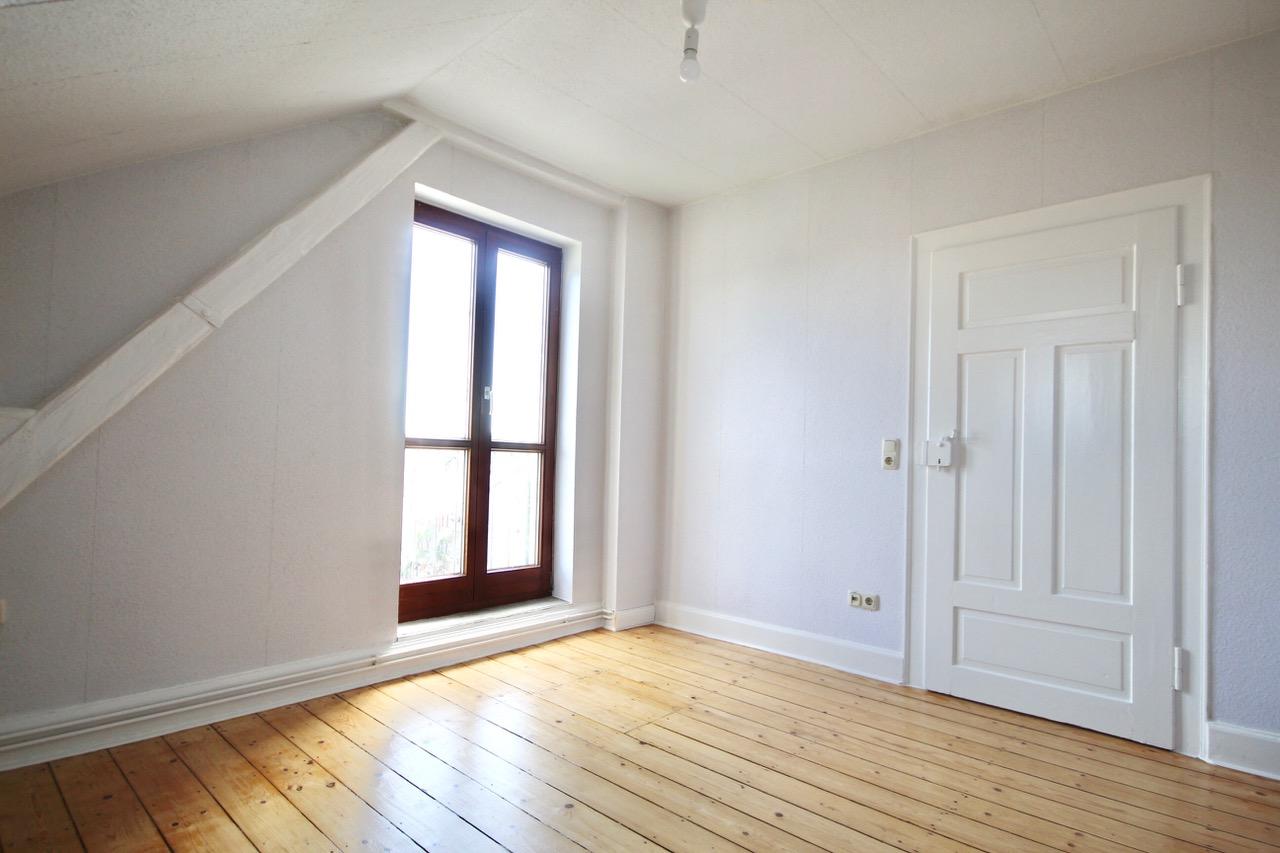Kernsanierte 3- Zimmerwohnung in Wiesbaden-Innenstadt